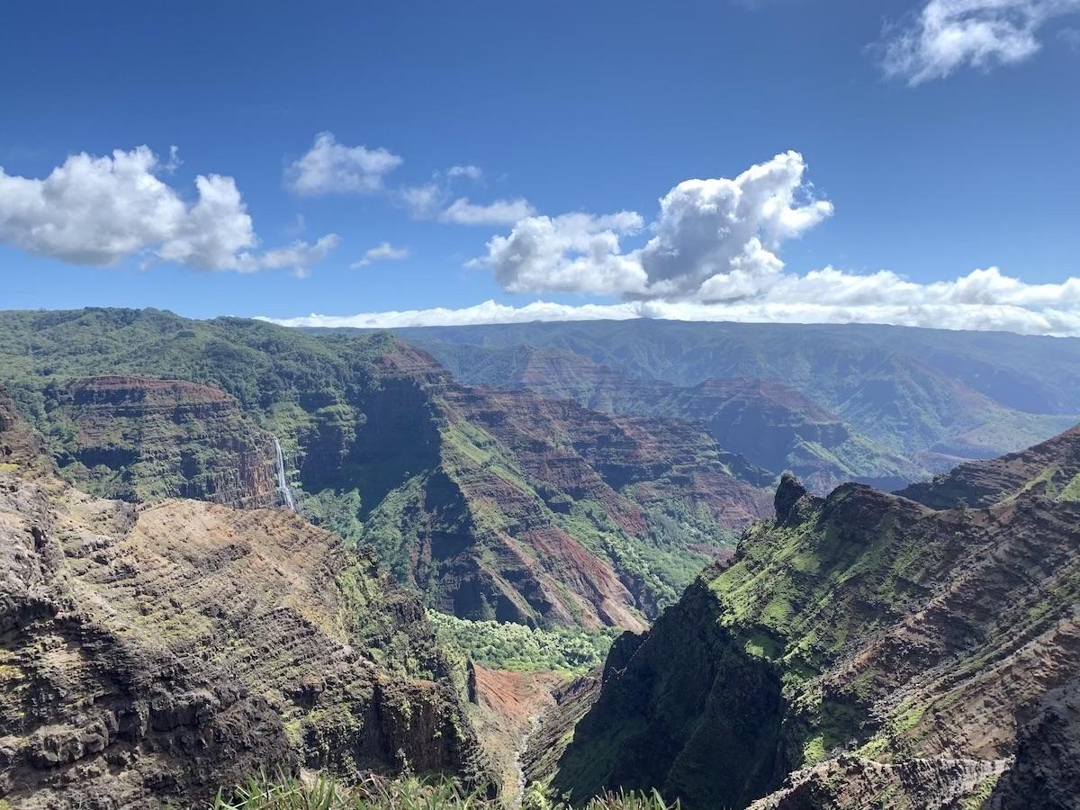 waimea canyon trail kauai hawaii